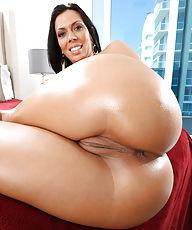 XXX Big Asses - Big Ass XXX Pictures & Movies